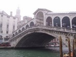 Benátky 2009 - most Rialto